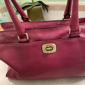 COACH LEGACY LEATHER CHELSEA CARRYALL
